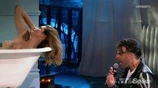 Горячая Синди Кроуфорд в шоу Lip Sync Battle