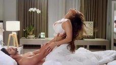 Нежная сцена секса с Санни Леоне