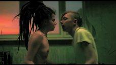 1. Постельная сцена с Агнией Кузнецовой – Да и да