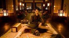 5. Ли Ю-ён показывает свою промежность – Коварство (2015)