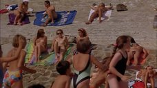 1. Голые девушки на пляже – Всё об этом