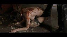 Секс сцена с Эмили Мортимер