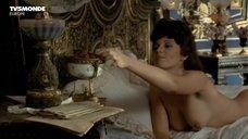 Секс С Прислугой При Жене – Спартак: Кровь И Песок (2010)