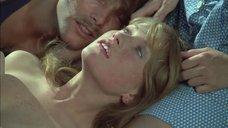 3. Групповая секс сцена с Изабель Юппер – Вальсирующие