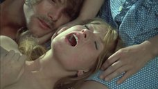 Групповая секс сцена с Изабель Юппер