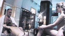 Выдео  с голыми проститутками в сауне