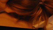 2. Секс-сцена с Кристиной Асмус в наилучшем качестве – Текст
