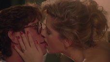 Горячий поцелуй с Джессикой Мур
