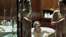 11. Белен Фабра делает минет в ванне – Дневники нимфоманки