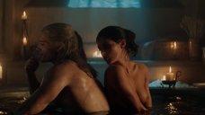 Откровенная сцена с Аней Чалотра в ванне