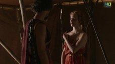 1. Красивая голая грудь Капуцин Делаби – Одиссея