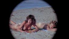Вэл Кляйн и Джина Томасина загоряют голыми
