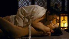 4. Страстная секс сцена с Чо Ё-джон – Слуга (2010)