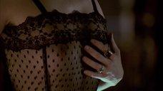 3. Секс сцена с Молли Паркер – Дэдвуд