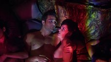 Секс моменты с Роксаной Мескидой