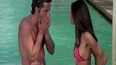 Лаура Гемсер в купальнике
