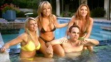 Тэми Шефилд в купальнике