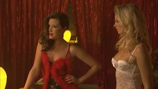 7. Секси проститутки Эмма Бут и Сабина Маналис – Криминальная Австралия