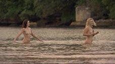 Эмма Бут, Чири Кэссиди и Clare Southgate купаются голыми