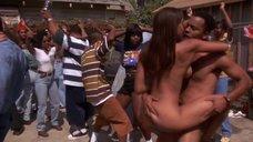 6. Секс с девушкой на вечеринке – Не грози южному централу, попивая сок у себя в квартале