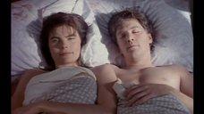 Мэриэл Хемингуэй в постели