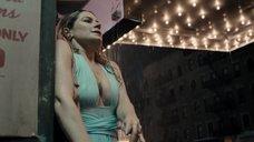 3. Секси Джейми Ньюманн в мокром платье – Двойка