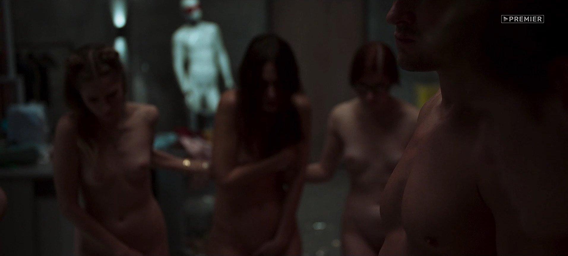 Сцены Раздевания Женщин В Фильмах Эротики