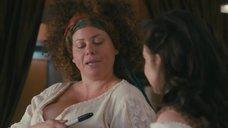 6. Сочная грудь Роберты Вальдеррамы – Американская принцесса
