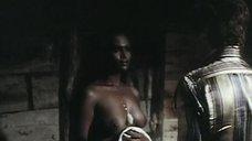 Горячая сцена с Зеуди Араей