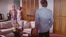 1. Эротическая сцена с Джей В. Макинтош и Анной Марией Пун – Голливудские жёны