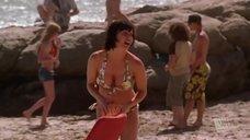 Келли МакКарти в купальнике