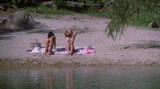 Дебра Коул и Дженнифер Коннелли загорают голыми