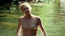Кейт Уинслет в мокром лифчике