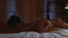 2. Шикарный секс с Шэрон Стоун – Основной инстинкт