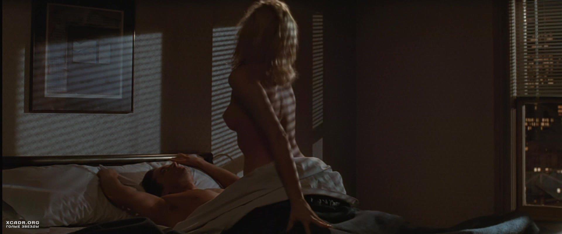 stsena-seksa-v-osnovnom-instinkte