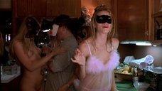 Джессика Бил на развратной вечеринке