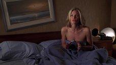 Наташа Хенстридж в постели