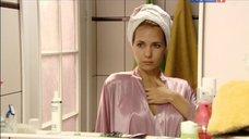Екатерина Климова в тоненьком халате