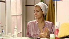 5. Екатерина Климова в тоненьком халате – Весна в декабре