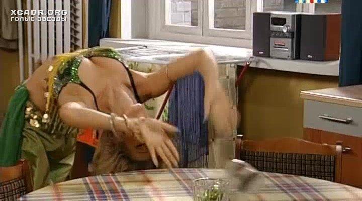 golaya-na-ulitse-smotret-porno