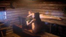 Анна Снаткина и Анна Горшкова в бане