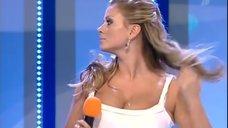 Анна Семенович на съемках полуфинальной игры КВН