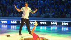 4. Танец яркой Анны Семенович на льду