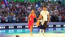 6. Танец яркой Анны Семенович на льду