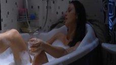4. Мария Берсенева в пенной ванне – Маргоша