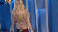 Ксения Собчак в шоу «Слава богу, ты пришел!»