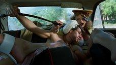 Секс с Анной Семенович в автомобиле