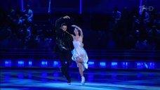 11. Чувственный танец  Лянки Грыу на льду
