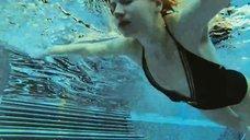 Екатерина Шумакова в купальнике