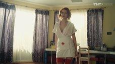 Екатерина Шумакова в костюме медсестры